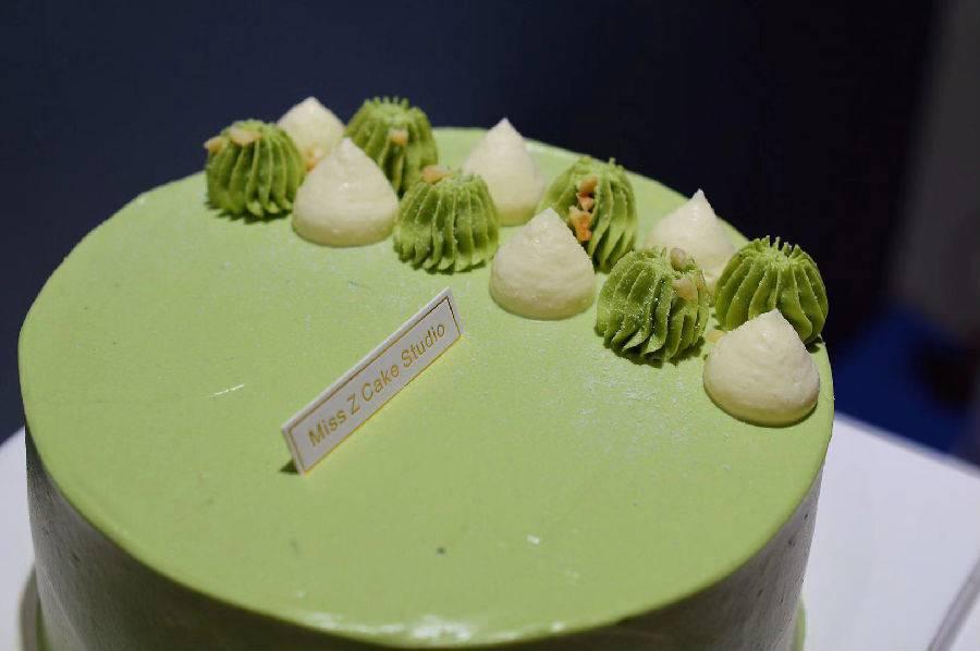 【宝安·甜品】首发300套9.9元,售完涨价19.9元,网红蛋糕重磅来袭!9.9元抢购价值68元网红INS风盒子蛋糕,纯手工制作,三种口味,还可以定制属于你的生日蛋糕