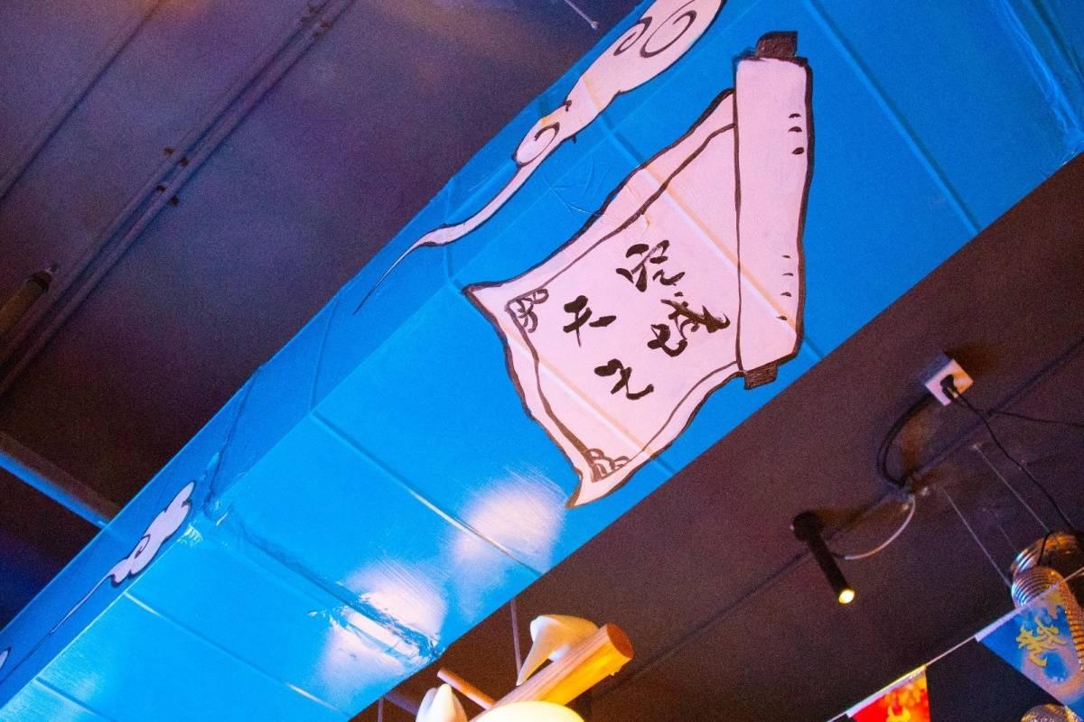 【宝安·美食】美团5星好评,宝安烤肉热卖榜前四!99元抢购价值308元祝青春木屋烤肉3-4人烤肉套餐:澳洲碳烤肥牛+新西兰腌制羊排+巴西牛舌+精品黑猪五花肉+调味鸡肉+锡纸金针菇+拍黄瓜+生菜+小菜*2+炭火+餐位*4+调料*4+老虎黑糖茶+25元代金券*2。3.3折抢进口好肉,保证一口就爱上!