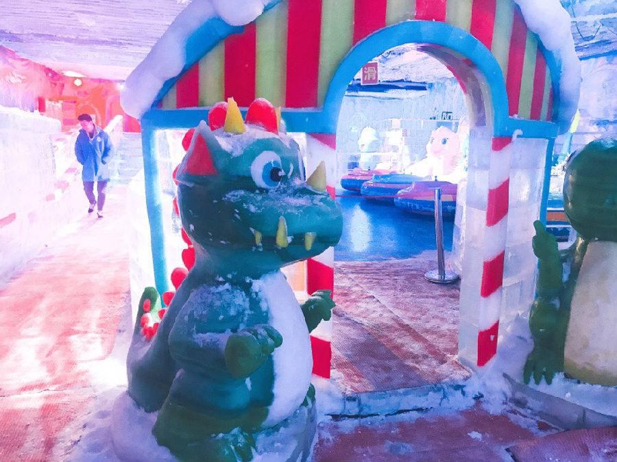 【龙岗塘坑·亲子】端午周末通用,19.9元抢98元『侏罗纪冰雪城』单人票!一整天不限时畅玩!