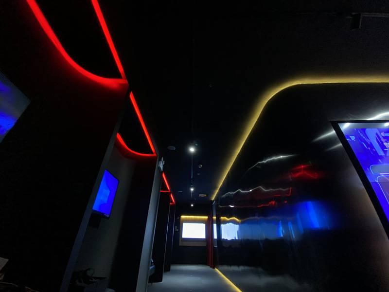 【深圳·休闲】49.9元抢192元『游幕YOMOV VR』双人VR套餐!感受黑科技盛宴,解锁全新游戏体验~