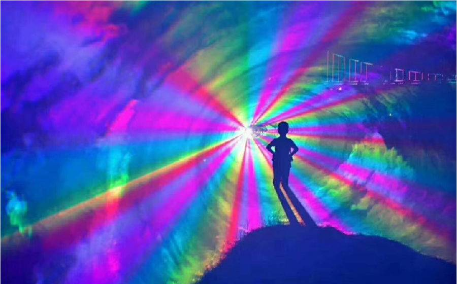 """【清远】感恩教师节,倾情回馈!清远人/从化凭证入园享98元双人森境光影套票,即订即用,8月14日起,森波拉数千亩""""森境光影""""缤纷绽放,等您来打卡!"""
