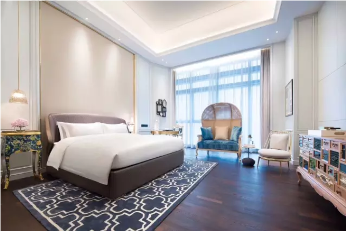 【佛山】899元打卡法式网红酒店佛山罗浮宫索菲特酒店豪华现代风格一晚+双人自助早餐+拍美照感受法式酒店的浪漫
