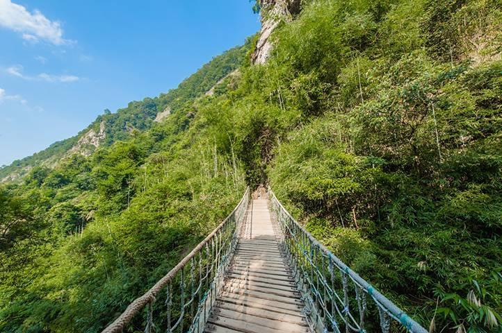 【清远】英德九州驿站天门浴(爬山看瀑布)+树上温泉成人套票