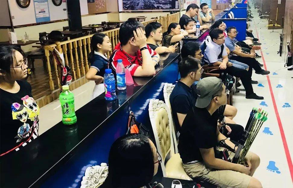【上海】3店通用!19.9元限时抢购道顺射箭馆两组箭套餐,共24支!始于1999年的明星射箭馆~在这个全民运动的时代,射箭不仅有益身心、还是一个彰显个人style的方式!