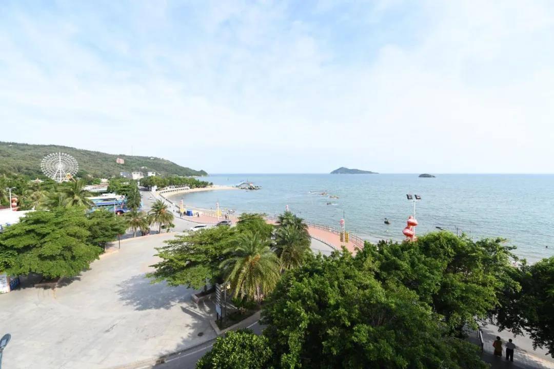 【平日周末不加收】青州岛一个不输马尔代夫、巴厘岛的网红浮潜圣地!299抢沙扒湾艾美达度假公寓套票,赠双人青州岛船票+浮潜!