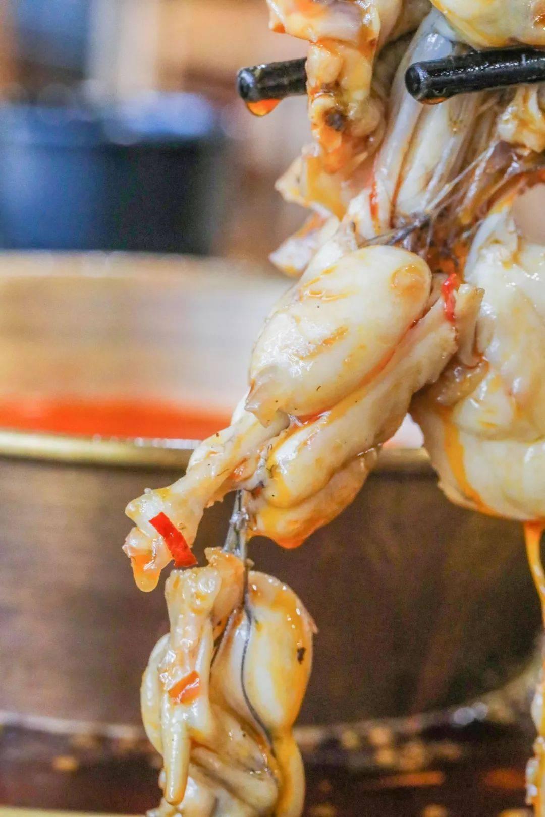 【南京】19.9元抢门市价176元恋尚哥老官双人牛蛙套餐,来尝一口正宗的鲜!香!辣!周末通用!!