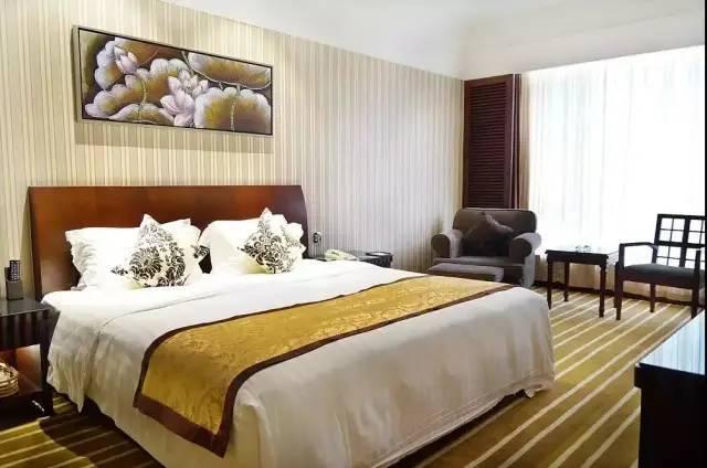 可入住【博罗·嘉宝田】498抢购罗浮山唯一有温泉的度假酒店,全年可用,享高级大/双床房+2大1小早餐~无限次温泉