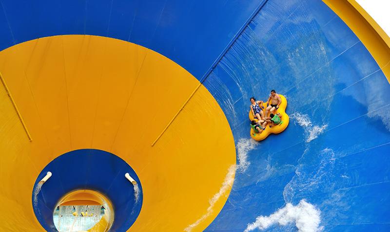 【浙江嘉兴欢乐水世界】畅玩卡低至99元!一卡在手,说走就走!近3000平巨型海浪池,多个水主题游乐设备,玩法多样,玩水趣乐无穷!等你承包这个暑期!
