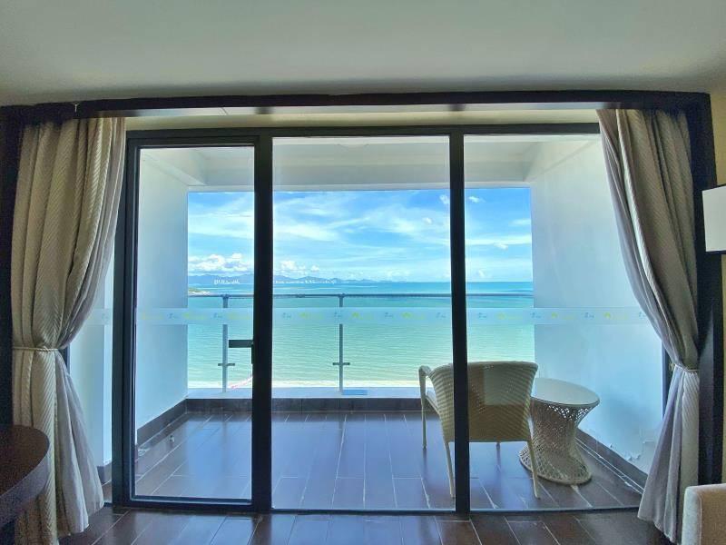 【惠州·大亚湾】149元抢惠州大亚湾一线豪华海景房度假公寓!9、10、11、12四个月平日周末不加收!!住宽敞明亮的一线海景房~楼下就是沙滩~