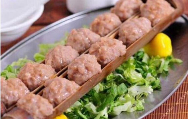 【惠州】含10人份午/晚餐、899抢南昆山7房温泉别墅,K歌、烧烤、温泉,煮饭,还搓麻将,~设备齐全,聚会首选有效期到年底~