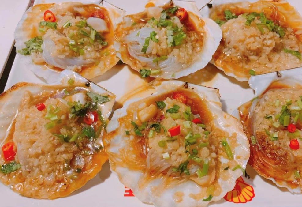 【杭州余杭】¥118抢「扇贝王烧烤」4人餐!在天愿作比翼鸟,在地就要吃烧烤!香辣虾+扇贝+爆炒花蛤+里脊肉等一次吃撑~