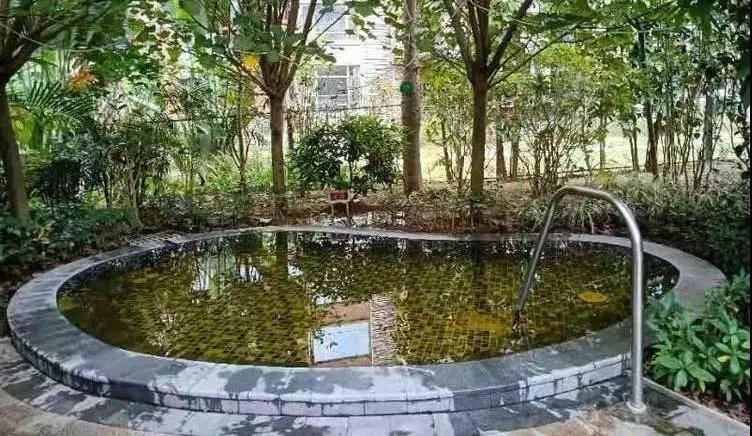 【惠州2天1夜游】带家人去泡温泉,只要199元!赠送2大2小富力温泉票!泡养生温泉,享儿童乐园+森林公园,限量抢购,售完为止!