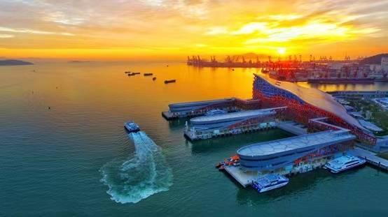 【广州出发】海上船游港珠澳大桥+中英街+沿途观光游览市容一日游【包餐纯玩、免通行证】