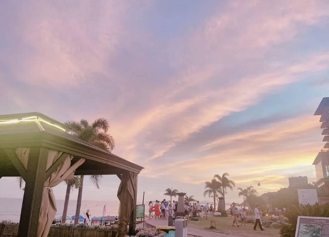 【金町湾】下楼就是海,139元入住金町湾豪华海景房,推门见海,吹海风,看日落~