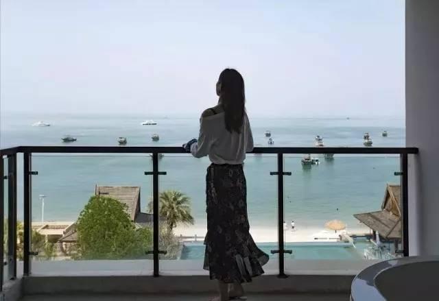 【惠州】送双人华家班门票,户户阳台观海大浴缸,338入住海尚湾畔精品假日酒店海景房,畅游中国马尔代夫。