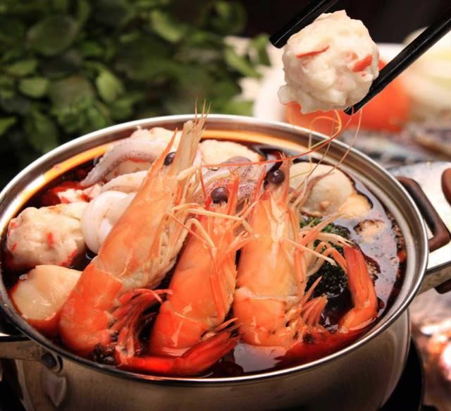 【游艇小镇合正东部湾·有遇时光度假公寓鲜入为煮自助海鲜火锅套餐】