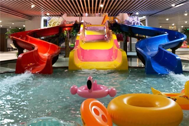 【杭州】39.9元抢瑭源度假酒店•水公园成人浴资门票(不含餐),水上乐园、演艺欣赏、儿童乐园、综合汗蒸体验区等你来体验~儿童1米(不含)以下免票哟~