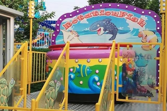 【广州·花都区志惠农场】生态水乐园空降志惠农场,让整个夏天凉爽嗨翻天!29.9元抢购(1大1小)单次水乐园+观光套票,在水中享受农场的田园风光。