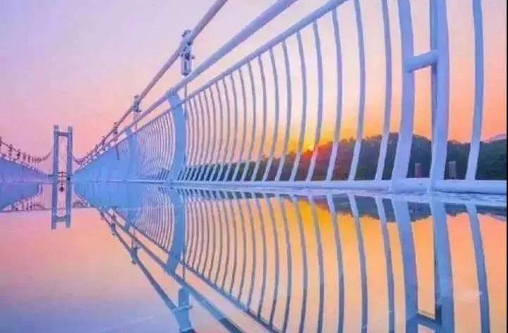 【广州·花都志惠农场】99元抢2大1小家庭套票,惊险横跨268m玻璃桥+观光套票+赠送太空漫步,让整个夏天凉爽嗨翻天!