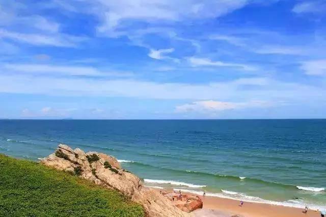 【阳江·海王星】【吉尼斯最美沙滩】¥350抢购保利海王星酒店入住雅致海景房+免费沙滩畅玩+免费酒店泳池+免费停车~下楼便是沙滩!